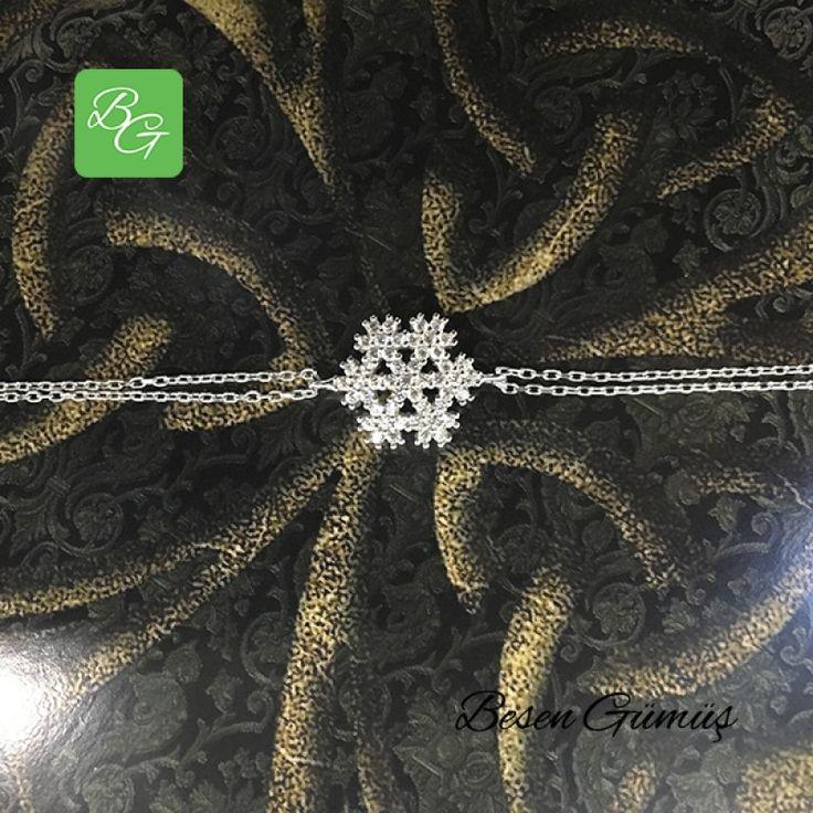 Kar Tanesi Bileklik  Fiyat : 64.00 TL  SİPARİŞ için www.besengumus.com www.besensilver.com  İLETİŞİM için Whatsapp : 0 544 641 89 77 Mağaza     : 0 262 331 01 70  Maden         : 925 Ayar Gümüş Taş               : Zirkon Kaplama      : Beyaz Rodaj  Besen Gümüş  #besen #gümüş #takı #aksesuar #kartanesi #annelergünü #hediye #kampanya #bileklik #tasarım #gümüşbileklik #izmit #kocaeli #istanbul #izmitçarşı #çorum #ankara #izmir #onlinealışveriş #alışveriş