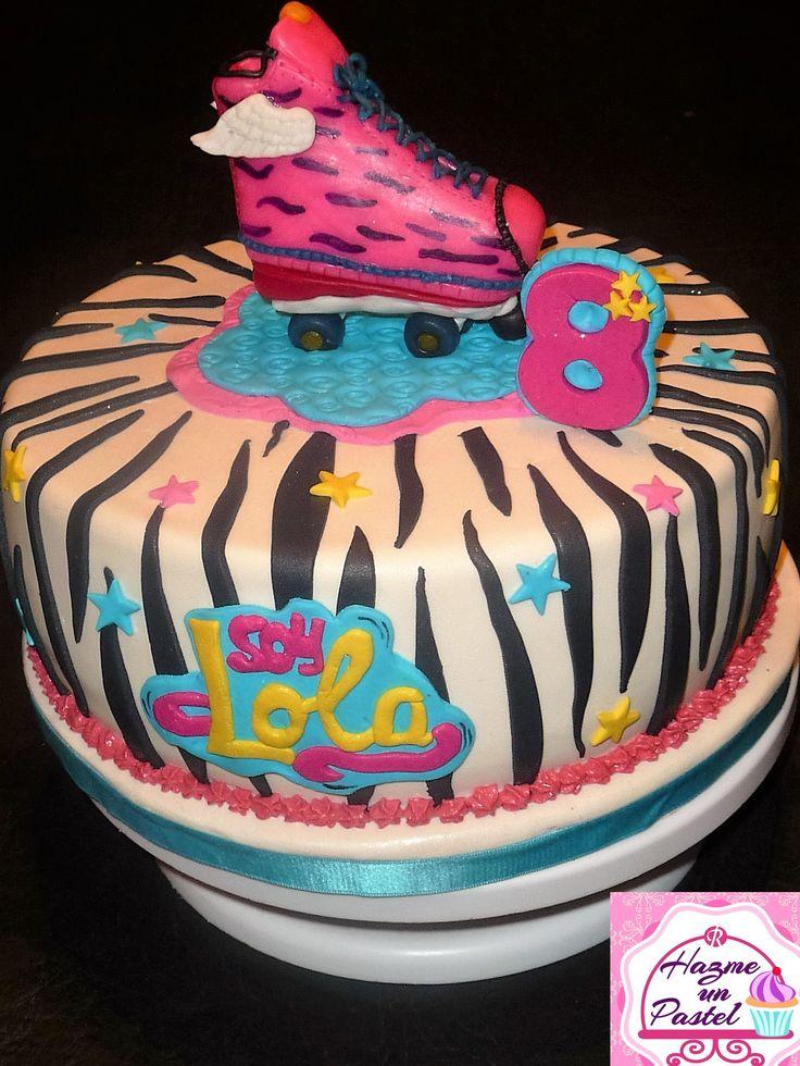 """Torta animal print con temática de """"Soy Luna"""","""