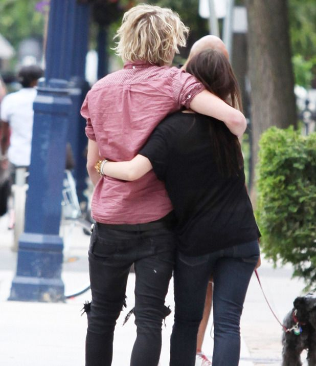 are jamie and lily dating Lily collins and jamie campbell bower confirm they are dating again—see new pda pics of the on-again couple.