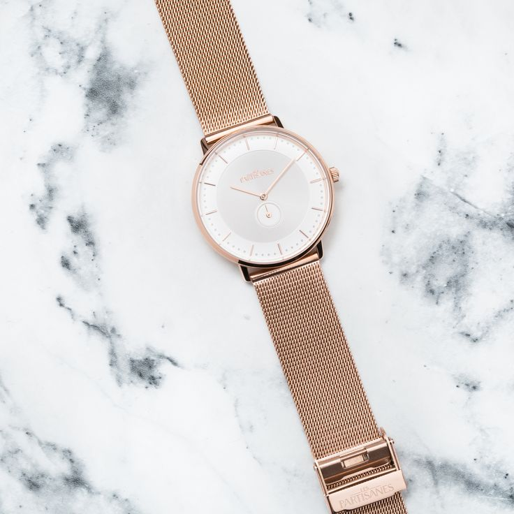L'Amoureuse Or Rose en Maille Milanaise  #lespartisanes #womens # watches #madeinfrance #watchaddict #jewellery #love #summer #paris #spring #toutespartisanes
