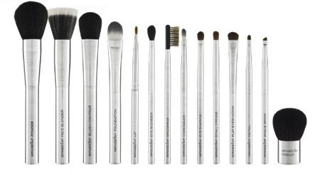 Time to switch to new makeup brush. Harmless looking makeup brushes that have been used for a while and never washed carry bacteria which will make you break out. Opt for high quality brushes with recyclable materials. Mirabella's brush collection carrying case alone is worth the second look. Don't need the entire set? The kabuki brush is always the wisest choice: Brushes 19, Mirabella S Brush, Quality Brushes, Signature Brushes, Mirabella Brushes, Makeup Brushes, Beauty, Brushes 17, Brushes 76