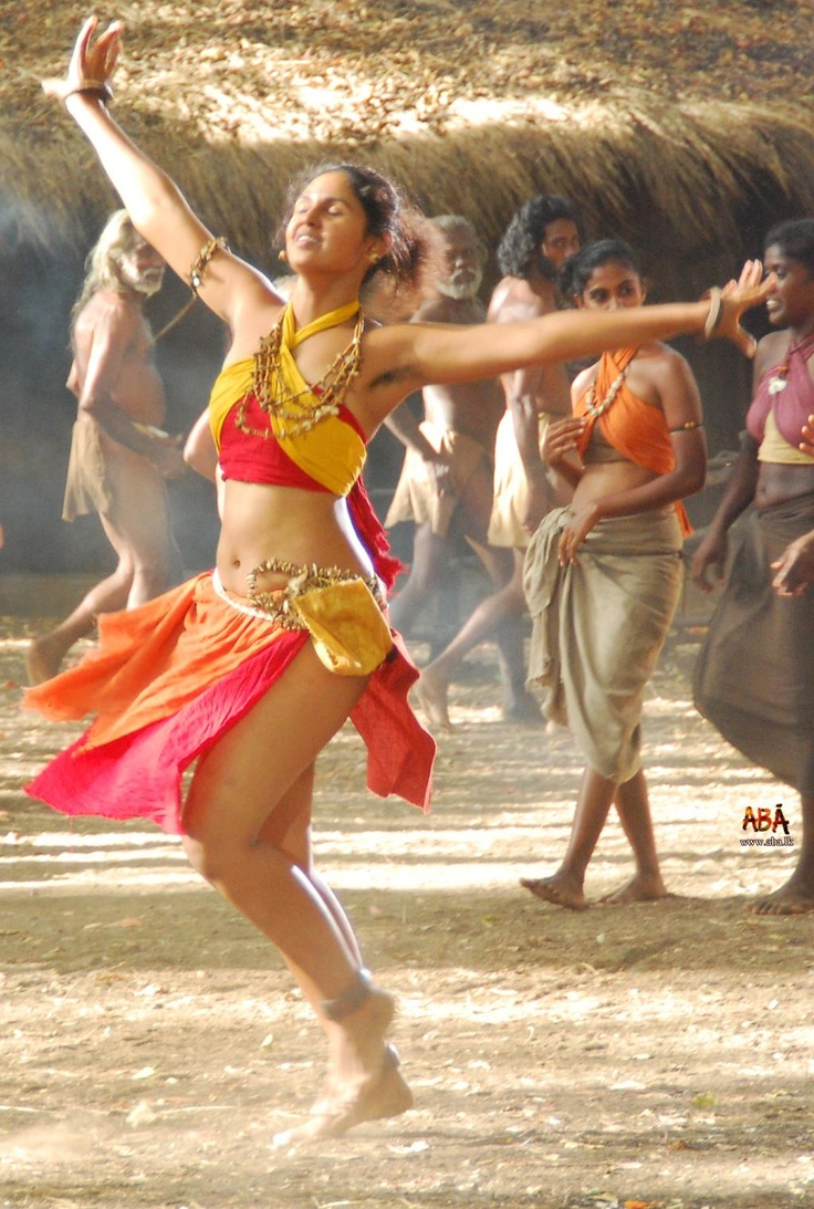 sri-lankan-nude-dancers