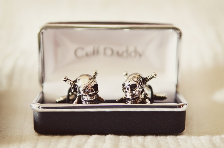 how cool are these cuff links the groom wore?! #Minnesota #WeddingPhotographer