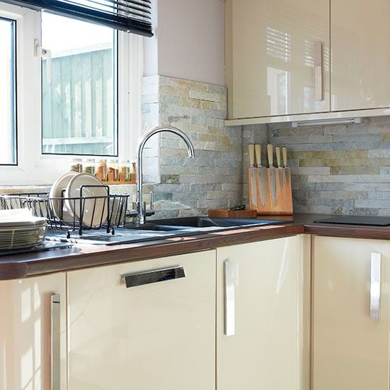 Image result for cream gloss kitchen tile ideas