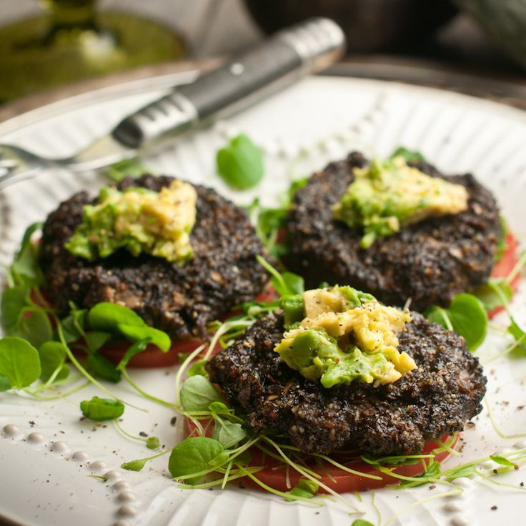 """""""Raw Food Sweet Potato Mushroom Sliders"""" by Rawmazing. Recipe here   (requires a dehydrator): http://www.rawmazing.com/raw-food-sweet-potato-mushroom-sliders/ -- Tips from Raederle: Choose coconut aminos instead of """"nama shoyu"""" for a soy-free dish. www.raederle.com"""