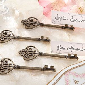"""Wedding Favors & Party Supplies - Favors and Flowers :: Wedding Favors :: Place Card Holders :: """"Key To My Heart"""" Victorian-Style Key Place Card Holder - set of 4"""