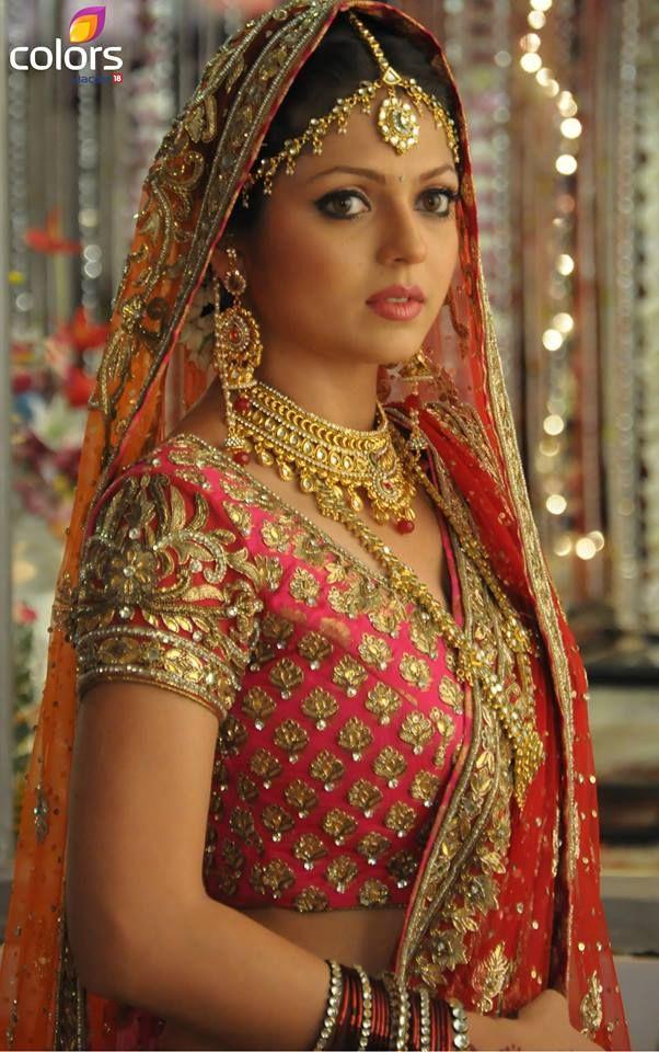 Drashti Dhami as Madhubala