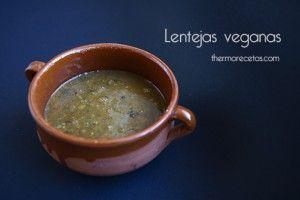 Receta de lentejas vegetarianas para hacer en Thermomix, totalmente veganas, bajas en calorías pero con muchas proteínas, vitaminas y minerales.