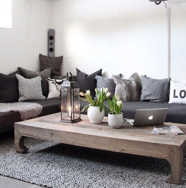 Sitting room, long sofa