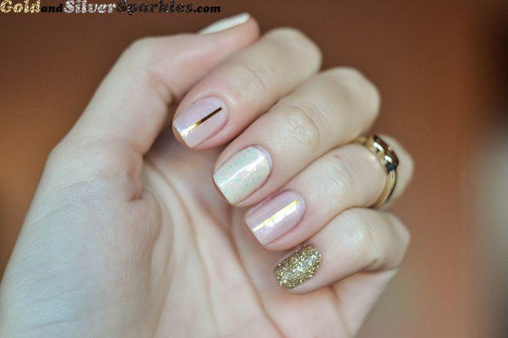 Delicate Glam http://www.goldandsilversparkles.com/2013/11/delicate-glam.html #beautyblogger #bbloggers #nails #glitter #goldglitter #glitter #notd #delicate #feminine