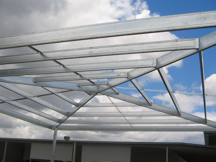 Boxspan Steel Beams used in Freestanding Roof
