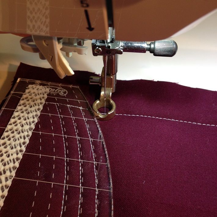 Leah Day's Quilting Study: Trend Alert —Free-Motion Quilting Rulers Are on The Rise!