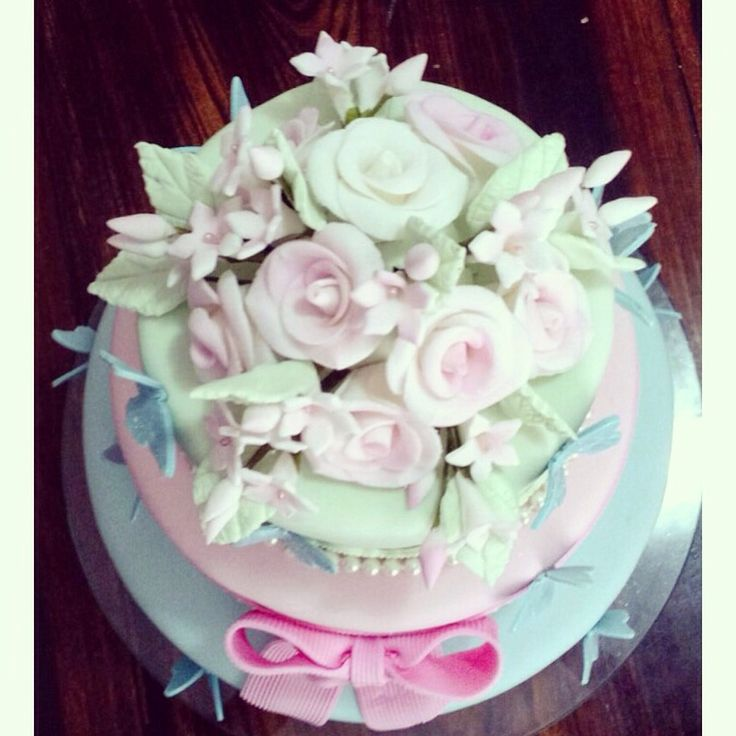 #detalhes #cake #flowers #girl #baby #party