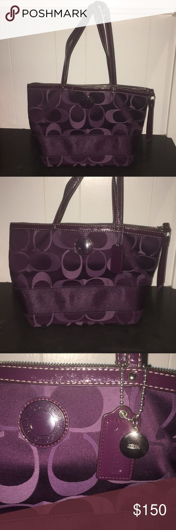 Perfect Condition Coach Tote Used just twice and in perfect condition. The tote is very spacious with a phone holder, and several large pockets on the inside and outside. Price is negotiable! Coach Bags Totes