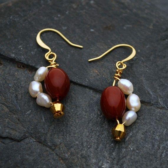Carnelian and Freshwater Pearl Earrings - Gold