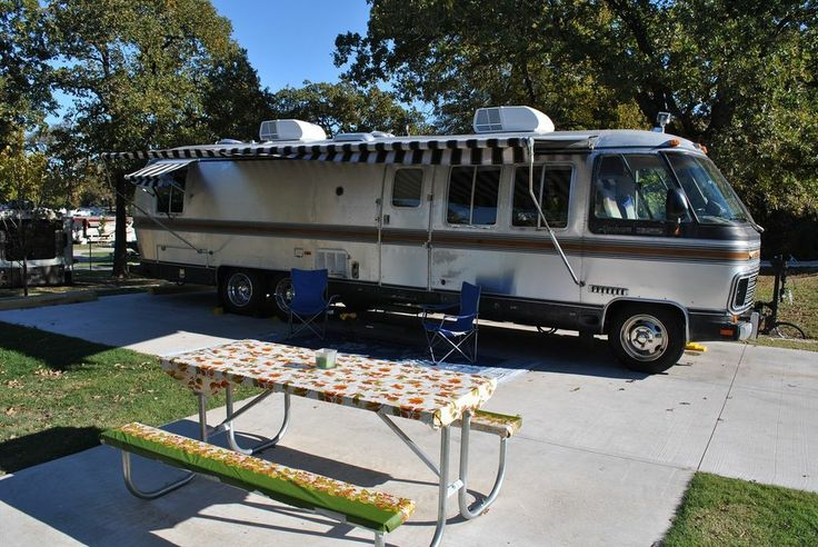 70 best gmc motorhomes images on pinterest gmc motorhome rv and hot wheels. Black Bedroom Furniture Sets. Home Design Ideas