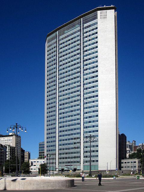 Pirelli Tower in Milan by Gio Ponti, Pier Luigi Nervi