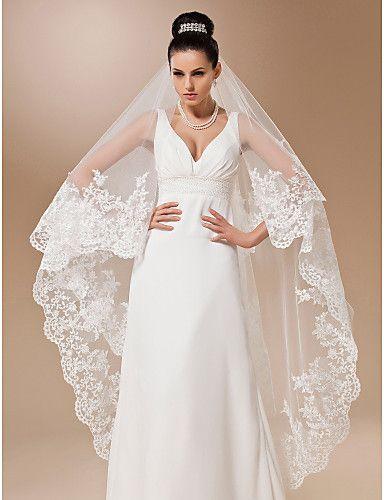 (A) monistiska tyll med applikationer vals längd bröllop slöja - USD $ 39.99