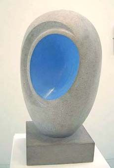 Screenshot of Barbara Hepworths sculpture with colour - Eos (1946)