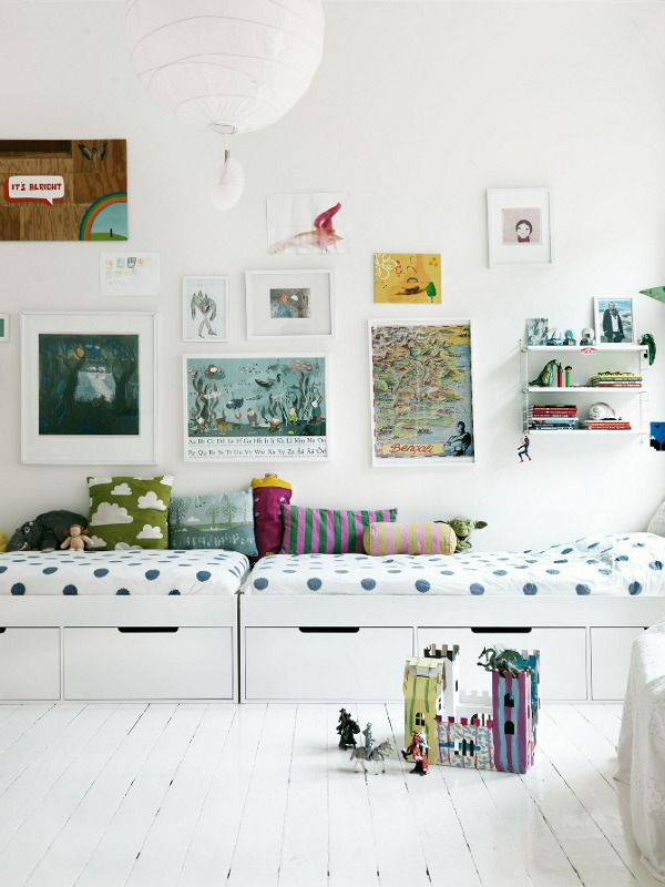 This Swedish home to a family of five, is so casual and relaxed and full of light ... stylish in an effortless way.