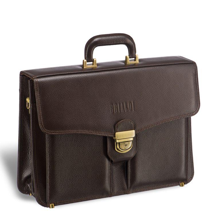 Классический каркасный портфель BRIALDI Brisbane (Брисбен) releif brown     Это отличный портфель для делового мужчины, придерживающегося классического стиля. Весь дизайн модели подчинен тому, чтобы владельцу было с ним удобно. Плотная ручка благодаря приданной ей форме сидит в ладони, как влитая. На лицевой панели два вместительных формовых кармана, на задней панели карман на молнии и карман закрывающийся магнитом (бумаги формата А4 в папке легко помещаются). Два вместительных отделения…