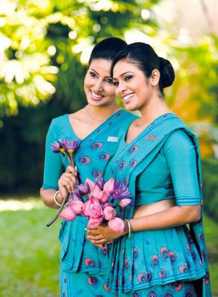 SriLankan Airlines Cabin Crew  สนใจสำรองตั๋วเครื่องบินโทร 02 278 4486  คุณหนุ่ม คุณโก้ คุณจี๊ด