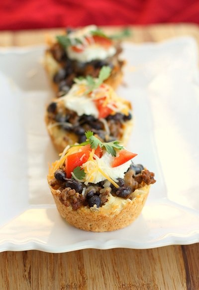 As if mini tacos weren't cute enough, how much do you love these mini taco pies?