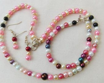 Multi Coloured 3 Piece Pearl Jewellery Set, Necklace, Bracelet, Earrings, Accessories, Gift, Birthday, Christmas, Anniversary, Gift for Her by oswestryjewels. Explore more products on http://oswestryjewels.etsy.com