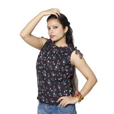 This black sleeveless chiffon top with tiny flowers printed on it is a must for your wardrobe. The crinkled neckline and the ribbons on the shoulders leave a girlish look to the attire.