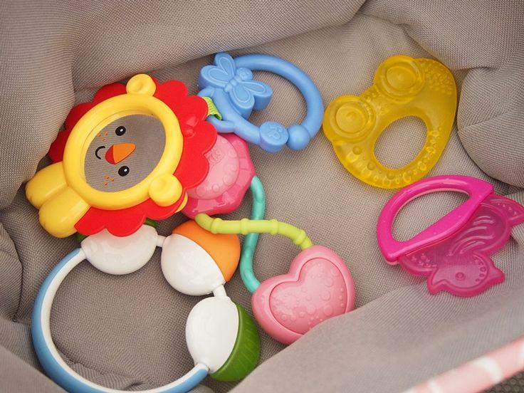 Jak myć zabawki dla dzieci
