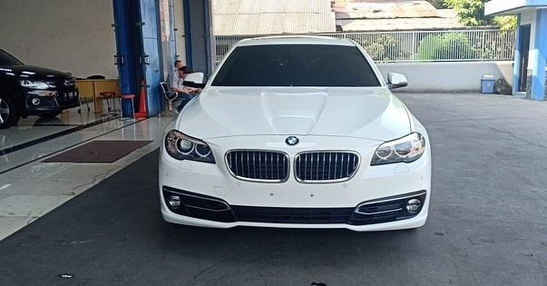 600jt Negotiable Bmw 520i Luxury Atpm 2015 May F Plate Bogor