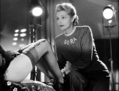 Simone Renant and the legs of Suzy Delair in the classic French crime film Quai des Orfevres  (Henri-Georges Clouzot, 1947)