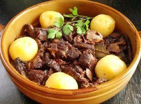 ポルトガルの「ラム肉の赤ワイン煮込み」