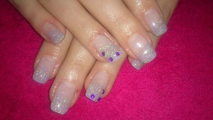 Glitter french nail art