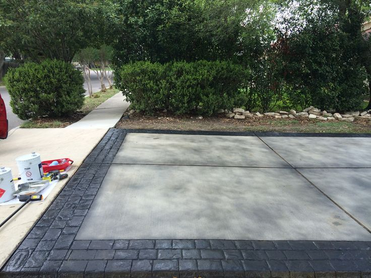 New Driveway With London Cobble Stamped Imprinted Into The