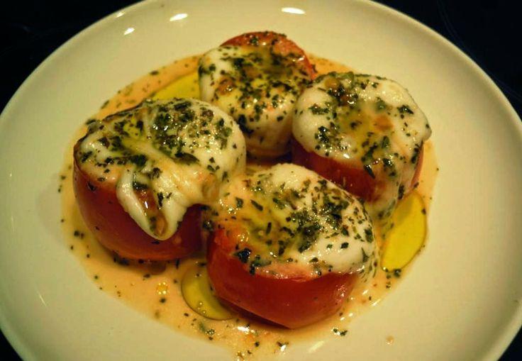 Mis Recetas Favoritas: Tomates Rellenos con Mozarella y Camarones Asados