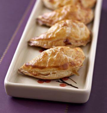 Chaussons aux pommes et camembert - Ôdélices : Recettes de cuisine faciles et originales !