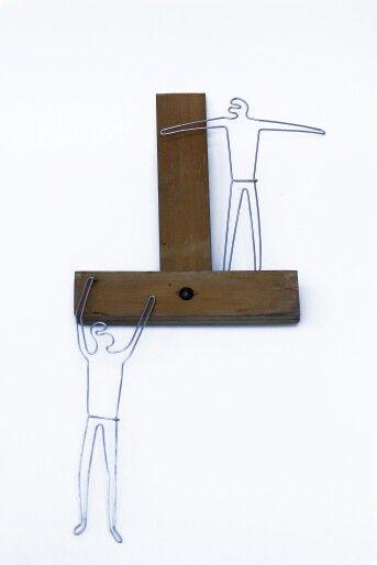 Les voleurs | wood & galvanized wire | 40 X 18 cm  | contact & sales: artbending@gmail.com |  Photo credit: Paula Gecan