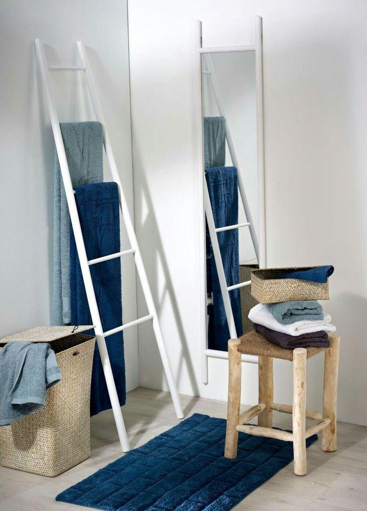 les 25 meilleures id es de la cat gorie porte serviette. Black Bedroom Furniture Sets. Home Design Ideas
