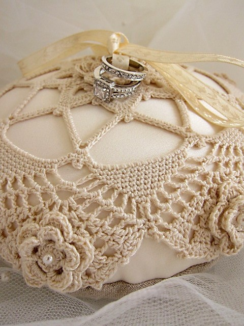 wedding pillow rings