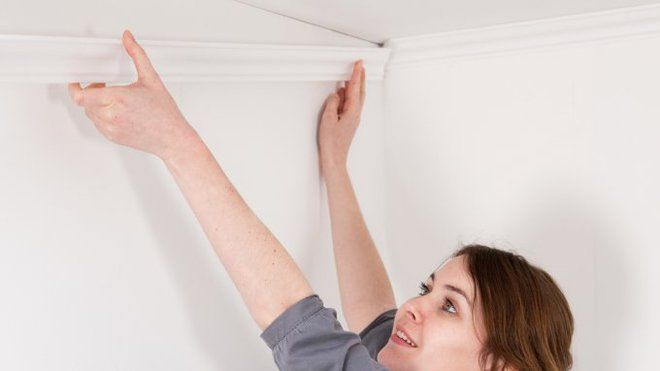 Les moulures décoratives sont très pratiques pour donner un maximum de distinction à une pièce, même avec un petit budget.