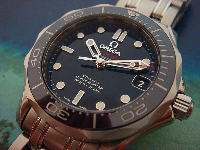 Omega Seamaster Professional Great deep black dial!