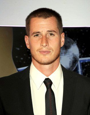 Brendan Fehr...aka michael guerin/rath. i absolutely loved him in roswell, the alien bad boy