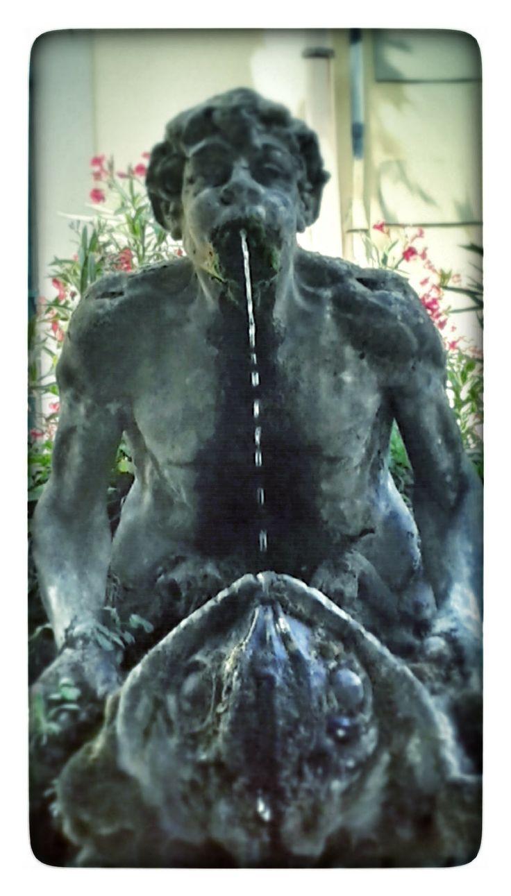 Fontana del Fauno, dettaglio