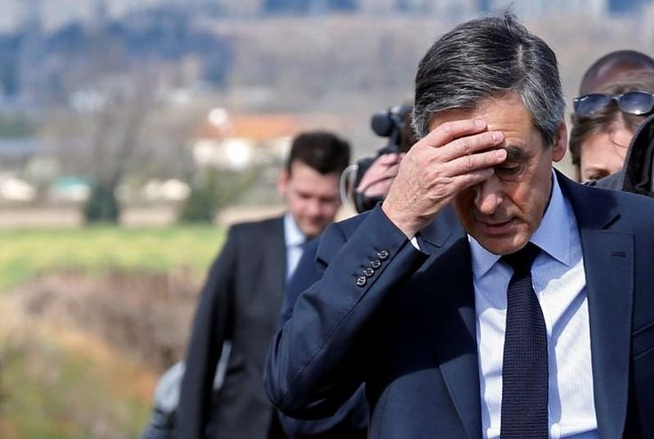 More cracks emerged in French conservative Francois Fillon's campaign for the presidency on Thursday, a day after news that he faces a formal investigation for allegations he misused public funds.