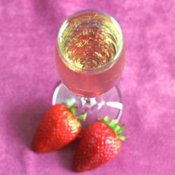 AbFab cocktail: The Stoli-Bolli  The post AbFab cocktail: The Stoli-Bolli is copyrighted by Mix That Drink. Visit Mix That Drink for lots of exciting cocktail recipes!  The AbFab cocktail or Stoli-Bolli came from an episode of Absolutely Fabulous in which Patsy and Edina kind of make it up on the fly. Its extremely simple  just vodka-spiked champagne really. But coming from the minds of Patsy and Edina its all about the brands of course. You have to use Bollinger champagne []  The post AbFab…
