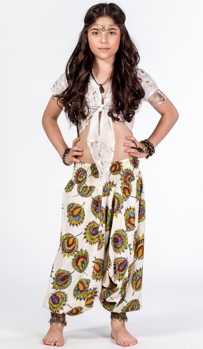 Индийские шаровары на ребенка, детская индийская одежда. Ethnic Wear for Kids. 980 рублей http://indiastyle.ru/products/sharovary-padayuschie-ogonki