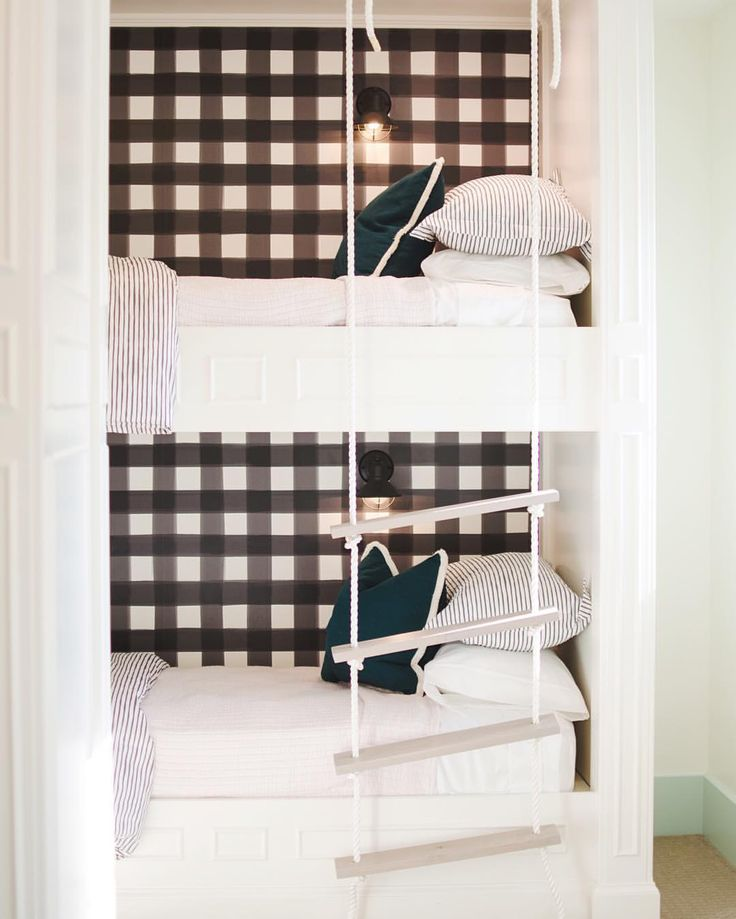 Bunk bed design, gingham wallpaper from Caitlin Wilson Designs, photo by @kellimarquez