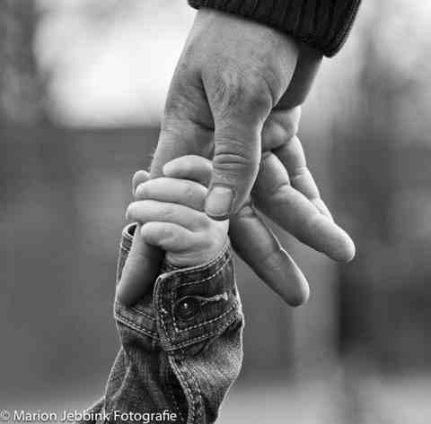 Loslaten is in alle vrijheid van iemand houden, van anderen en ook van jezelf