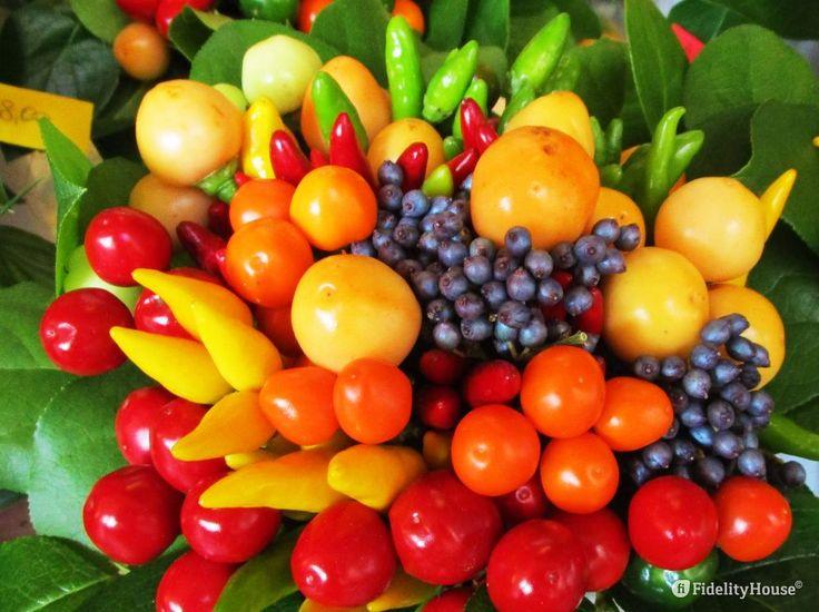 Un bellissimo centro tavola autunnale ci ricorda che questa stagione è una festa per il raccolto e per i colori.